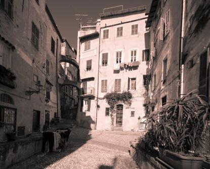 Piazza Cisterna, Sanremo, Pigna, Centro storico (2)